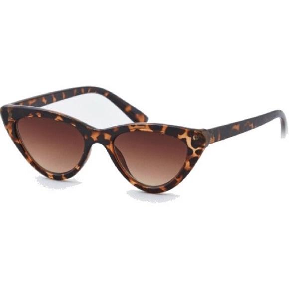 f12c11b2a461 American Eagle Outfitters Accessories - American Eagle Tortoiseshell Cat  Eye Sunglasses